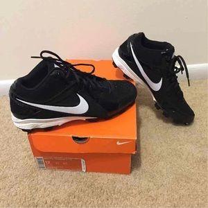 -Nike MVP Keystone 3/4 LE Cleat (Men's)